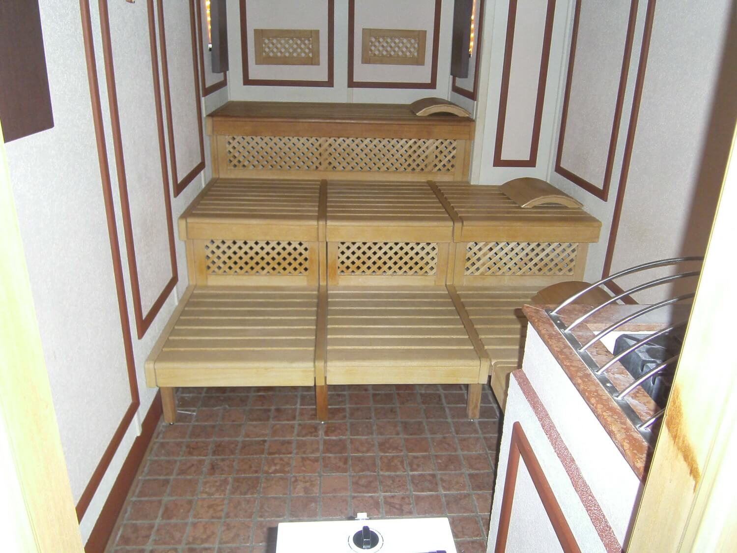 Sauna disinfection method
